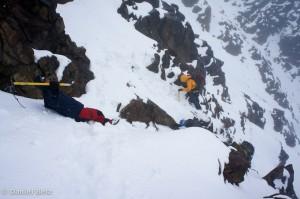 Tiefschnee an steilen Hängen